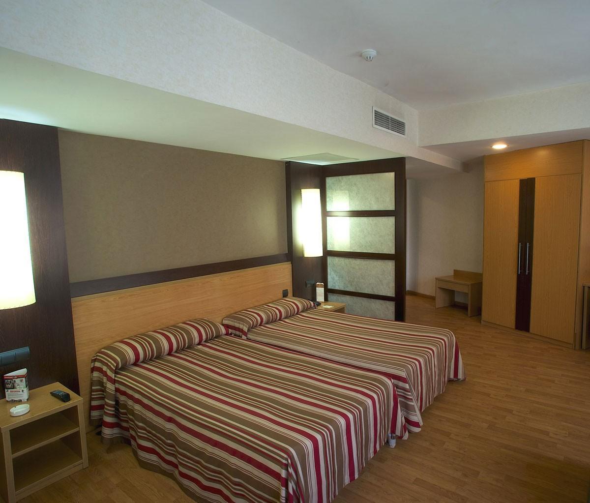 Chambres h tel catalonia atenas barcelone - Hotel chambre familiale barcelone ...